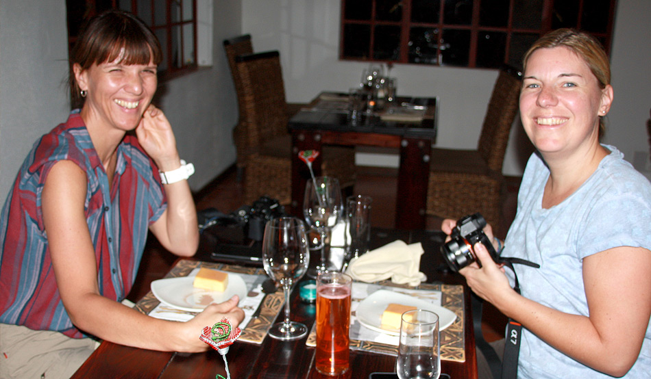 Bloggers Katrin Lehr (l.) and Madlen Brückner at Waterberg Wilderness Lodge